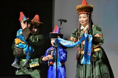 Конкурс красоты и талантов среди замужних буряток впервые прошел в Чите
