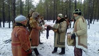 """Обрядовый обед приготовят на эвенкийском празднике """"Синильгэн"""" в Якутии"""