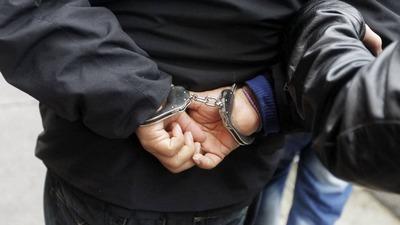 Чиновников миграционной службы задержали в Подмосковье за подделку документов для мигрантов