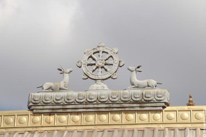 Центральный хурул Калмыкии восстановит древние калмыцкие знамена
