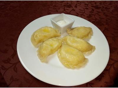 Отварные пирожки с картофелем и грибами (понго подкогыльо)