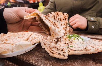 """Аутентичной кавказской кухней и стрит фудом угостят на """"KavkazFoodFest"""" в Карачаево-Черкесии"""
