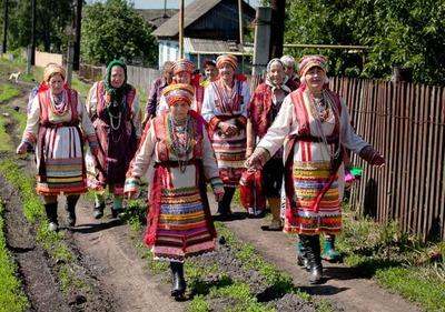Книгу об особенностях мордовской свадьбы презентовали в Саранске