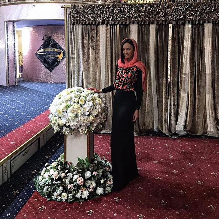 Телеведущая Ольга Бузова станцевала лезгинку в Чечне