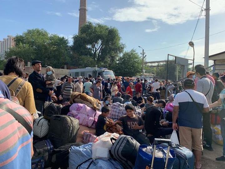 Узбекских мигрантов из палаточного городка в Ростове отправят на родину