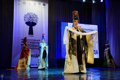 """Молодые дизайнеры покажут свои работы на фестивале """"Этномода"""" в Адыгее"""