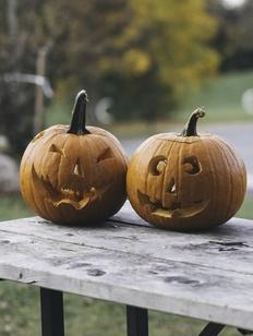 В школах предложили отмечать национальные праздники вместо Хэллоуина