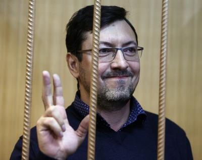 Арест националисту Поткину продлили до 15 октября