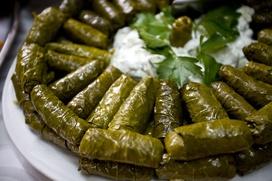 Армянский кочари, молдавский мэрцишор и азербайджанская долма вошли в список ЮНЕСКО