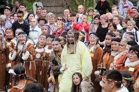 """В камчатском селе отметили ительменский праздник """"Алхалалалай"""""""
