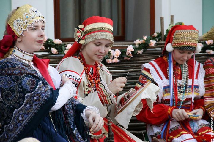 Этнодизайнеры из России и Центральной Азии собрались на фестивале в Иркутске