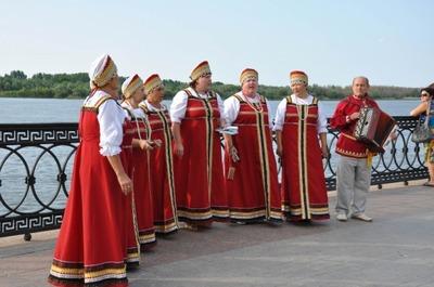 """День рыбака в Астрахани отметили """"Живой водой"""""""