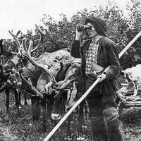 Долганские календари и ритуальные маски энцев представят в Москве