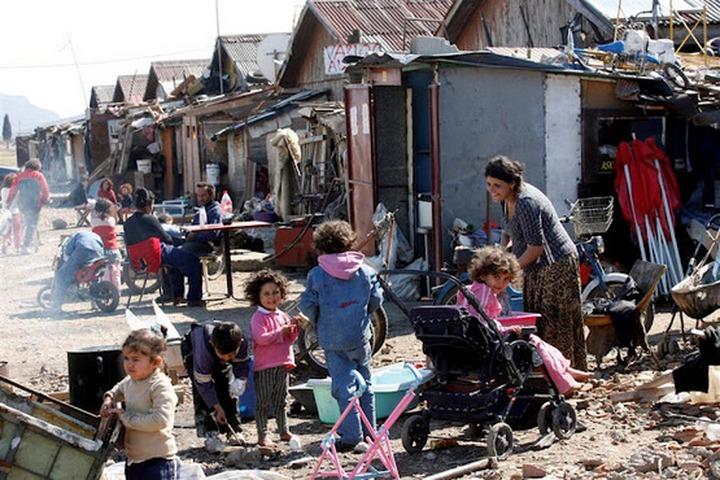 Прокуратура Кургана проверит до 23 июля законность проживания цыган в Затобольном