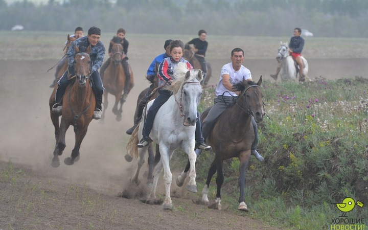"Казахи будут гоняться за девушками на фестивале ""Туган жер"""