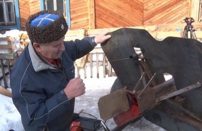Уральский казак сделал пушку из металлолома своими руками