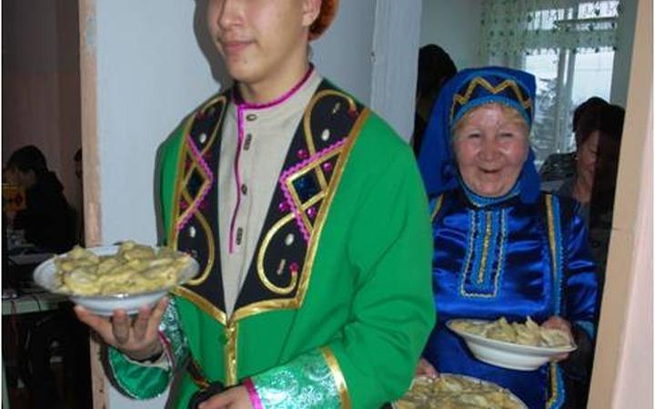 Мысковских школьников накормят пельменями с сюрпризом и посвятят в охотники