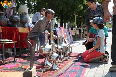 Национальные подворья открылись в Махачкале в День конституции республики