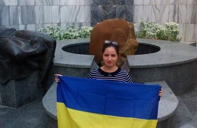День независимости Украины в Крыму отметили молебном и флешмобом