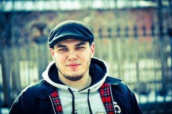 Суд освободил антифашиста Олесинова