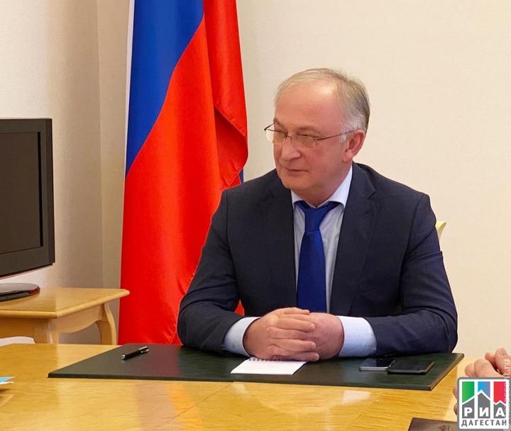 В Дагестане снова обещали поддержать художественный комбинат в Кубачах