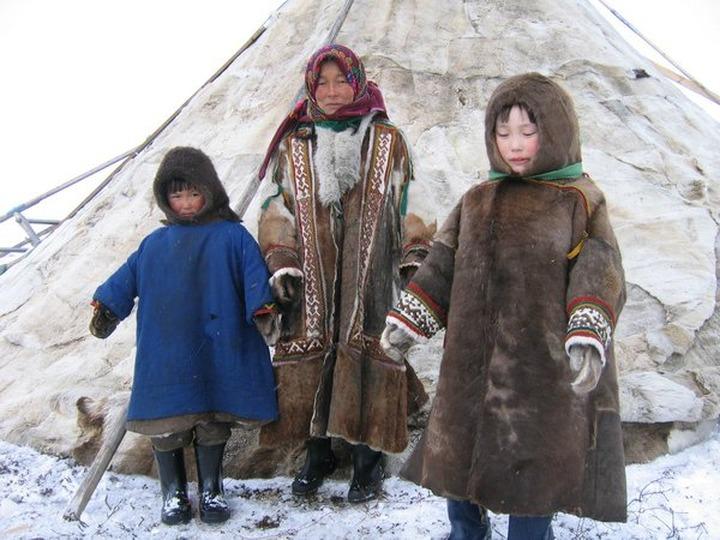 В Москве представят книгу об отношениях коренных народов с нефтедобывающими компаниями
