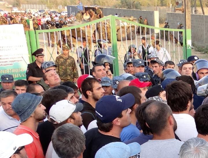Кумыки обратятся к Абдулатипову с просьбой решить вопрос спорных земель