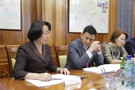 Глава Якутии поручил поддержать НИИ национальных школ