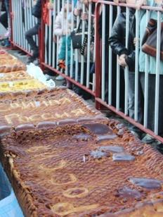 На Ставрополье испекли гигантский пирог