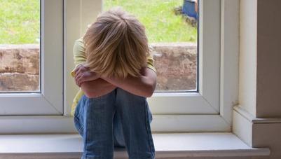 Детские учреждения Петербурга проверят после случая с избиением школьника