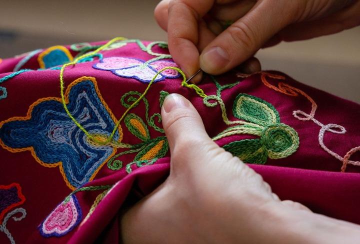 Центр народной культуры в Свердловске публикует мастер-классы по ремеслам Среднего Урала