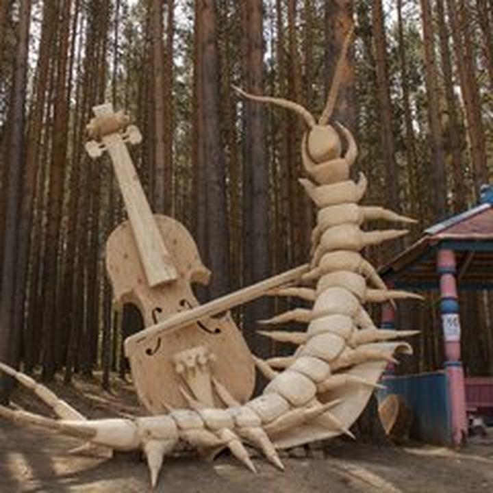 Ангарский фестиваль деревянных скульптур совместят с праздником этнической музыки