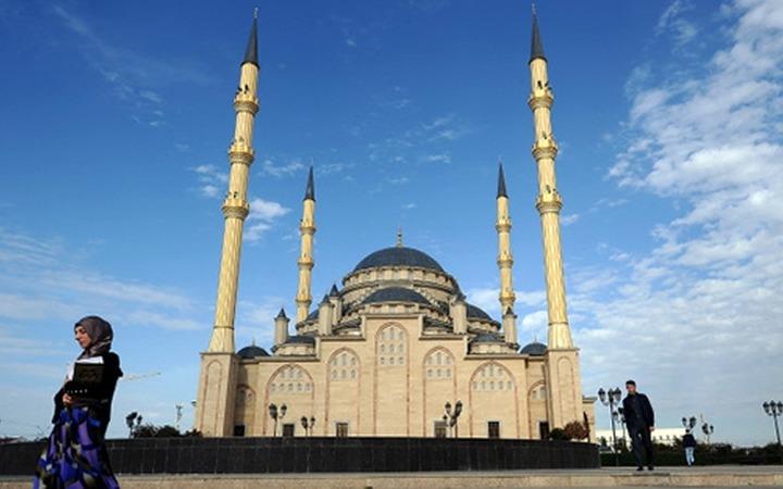 Кремль и мечеть: как возвращаются национальные квоты