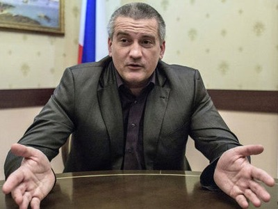 """Сведения о нарушениях прав крымских татар Аксенов назвал """"пустыми разговорами"""""""