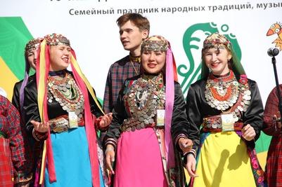"""Международный этнофестиваль """"Крутушка"""" отметил свое десятилетие под Казанью"""