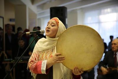 День родного языка в Дагестане отметили ярмаркой книг и концертом