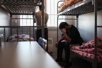ОМОН избил мигрантов в томском центре временного содержания