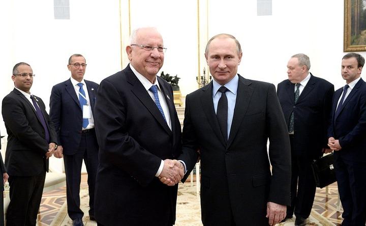 Путин: необходимо противостоять любым проявлением ксенофобии и антисемитизма