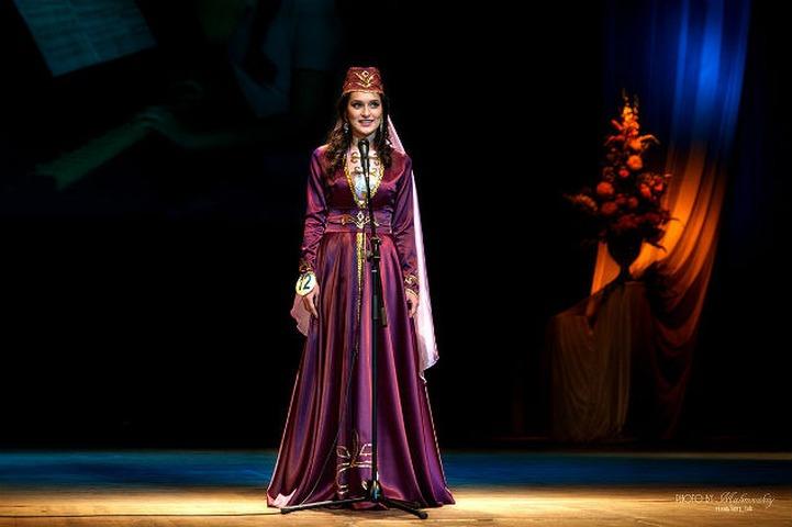 В Ярославле в конкурсе народных красавиц победила представительница вайнахов