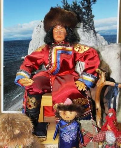 На выставке в Иркутске покажут кукол в национальных костюмах