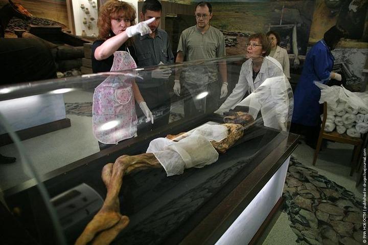 """На Алтае решили захоронить мумию """"принцессы Укока"""""""