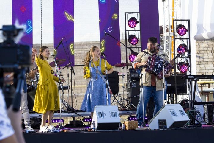 На фестивале этномузыки в Ижевске сыграли на кастрюлях и чайниках