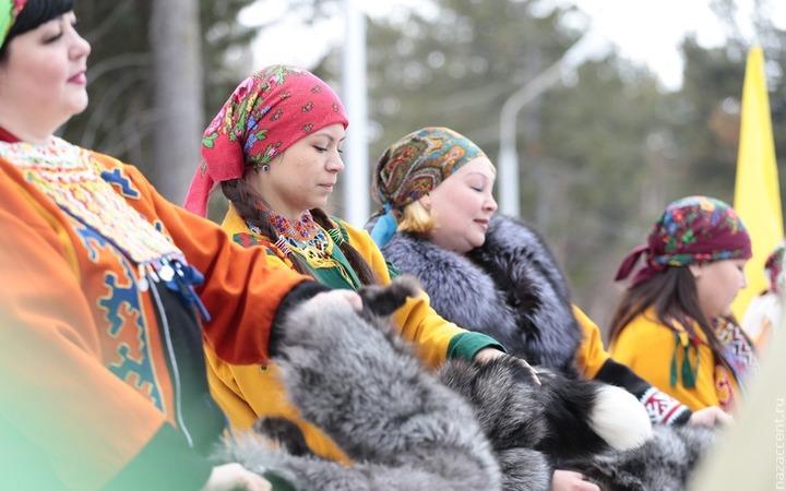 Манси Свердловской области получат 500 тысяч на санатории и снегоходы
