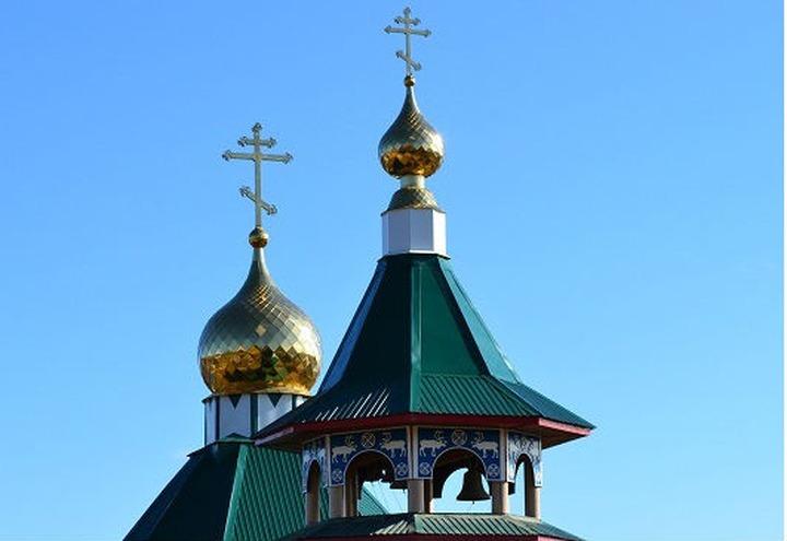 В Красноярском крае священник построил храм в эвенкийском стиле