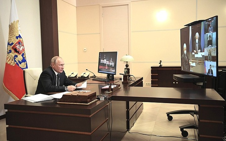 Владимир Путин обсудил ситуацию с коронавирусом с руководством и духовенством Дагестана