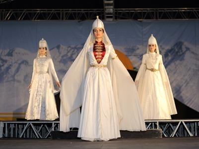 В Нальчике отметили День черкесского костюма
