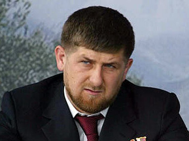 Кадыров: Мы не заставляем девушек надевать платки, мы читаем проповеди - что хорошо, а что плохо
