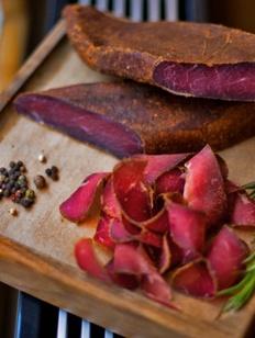 Чипсы из оленины и шампунь с пантами оленя стали лучшими товарами Якутии