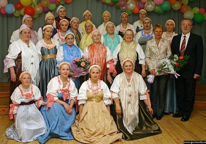 Поморский народный хор отмечает 75-летие