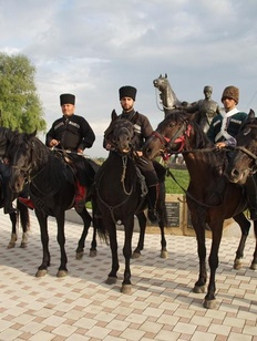 В Адыгее прошел конный переход в честь 9 мая